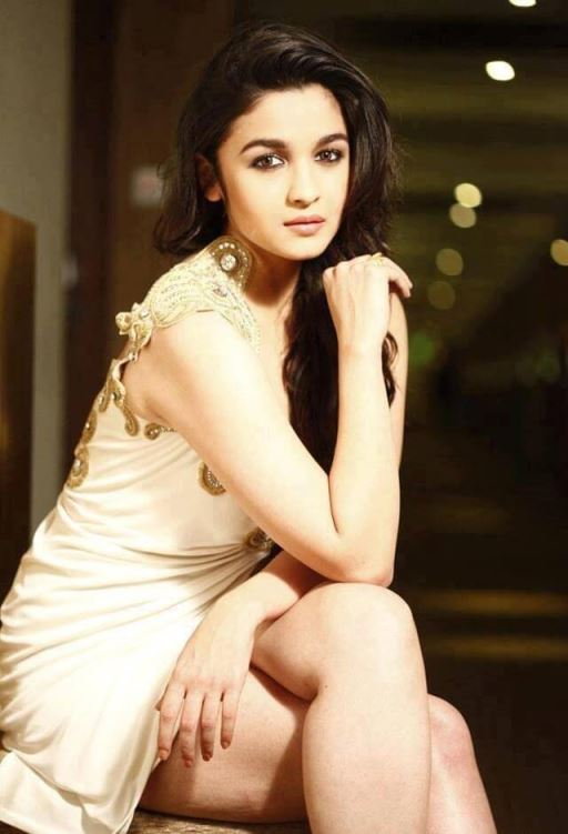Alia Bhatt Bollywood Sexy Actress Nude Pics Naked PICTURE