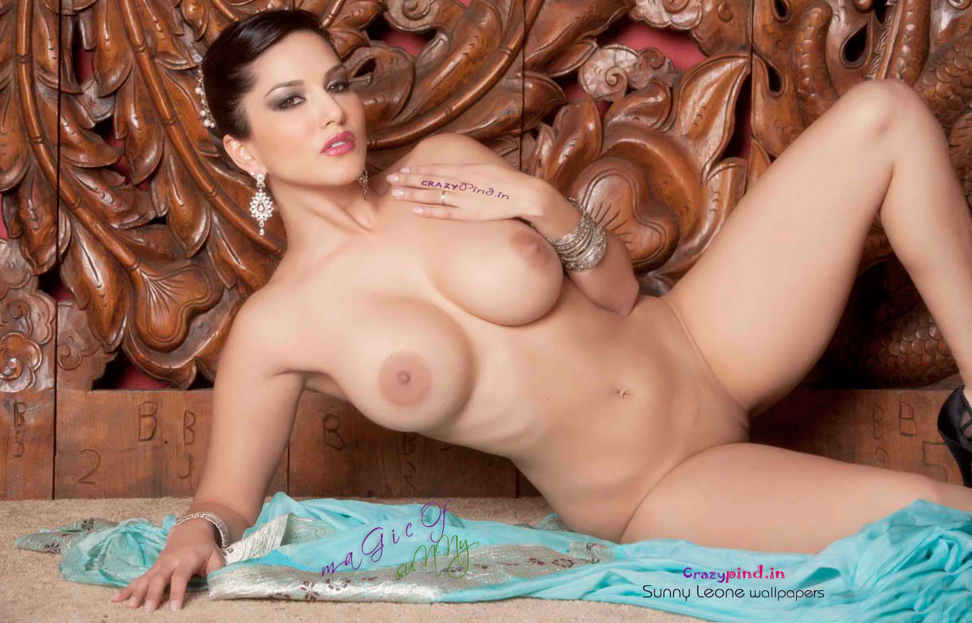 Sunny Leone on no bra mood showing big boobs